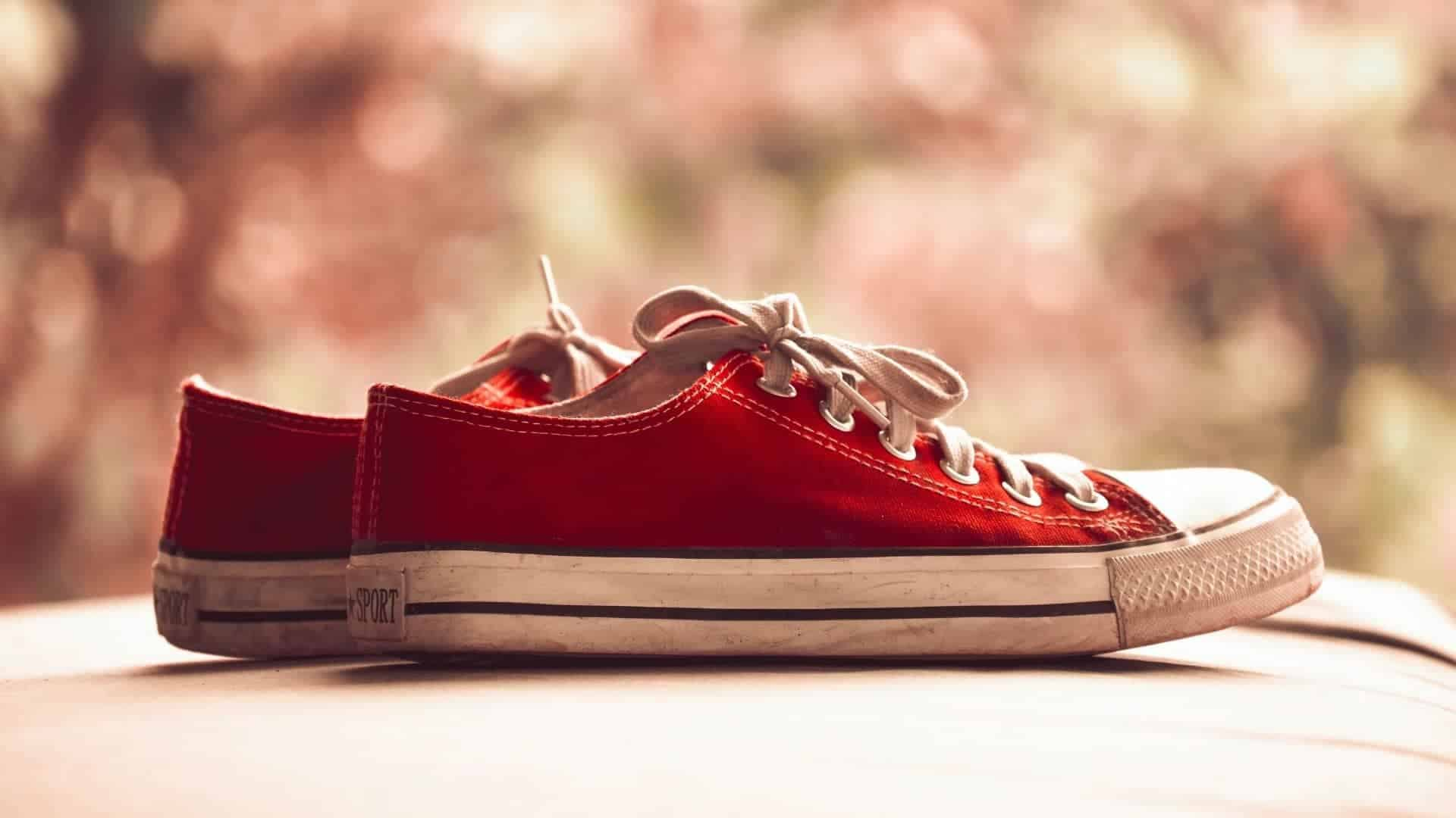 How To Prevent Acrylic Paint From Cracking On Shoes