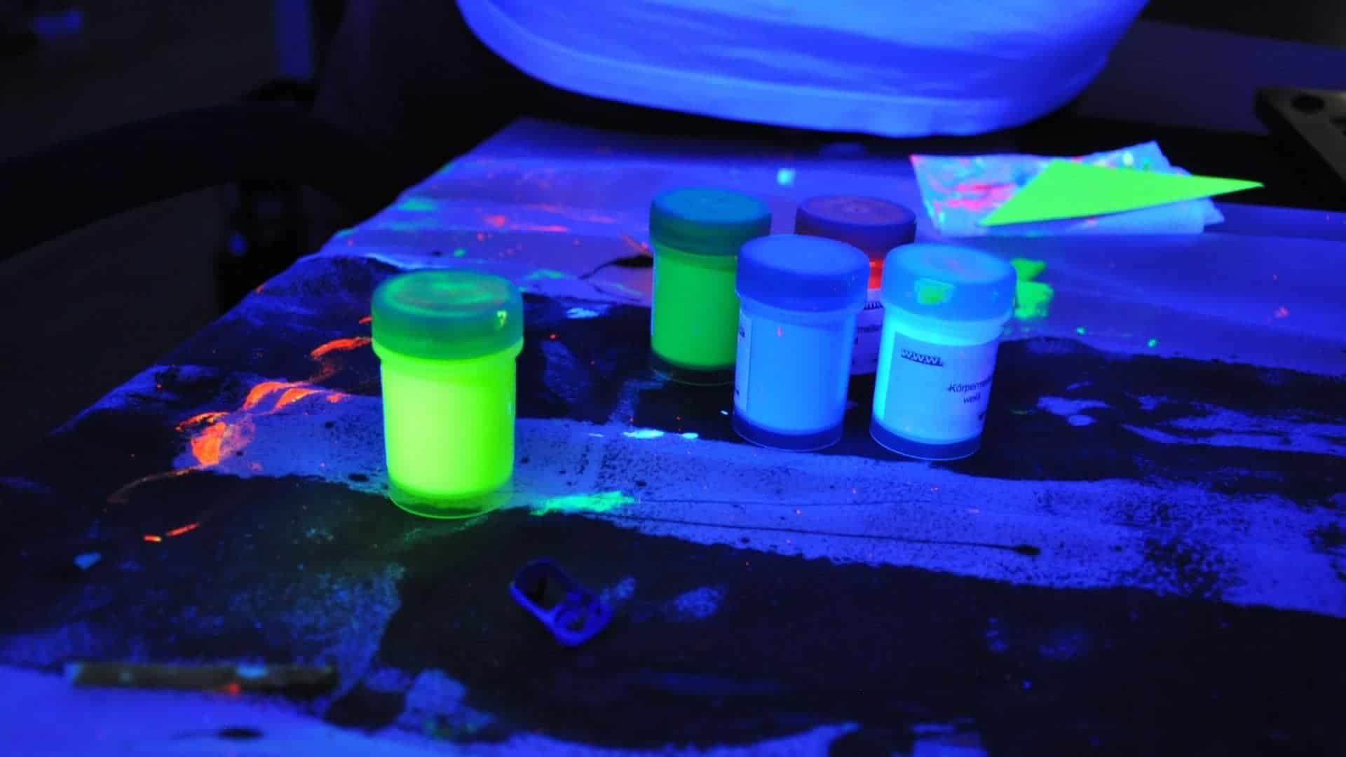 How To Charge Glow In The Dark Paint