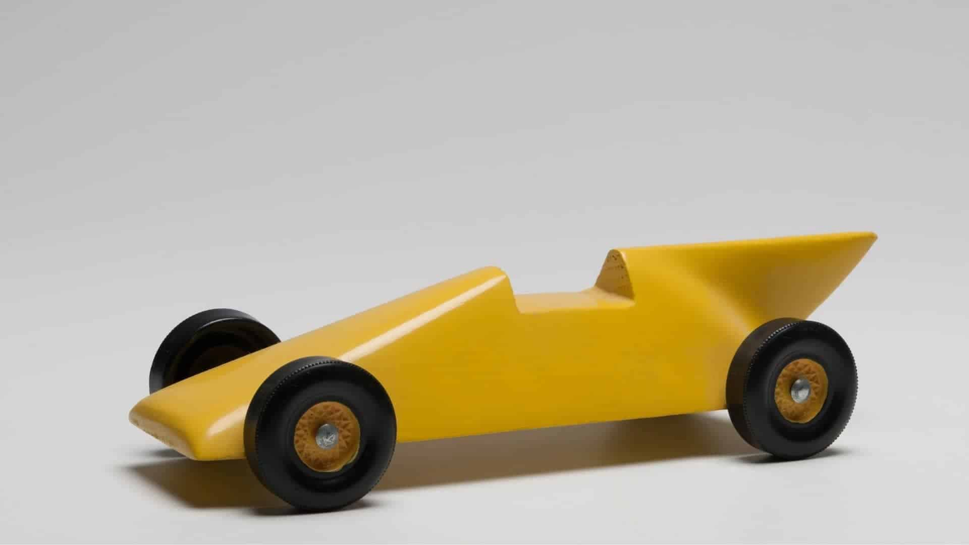How To Paint A Pinewood Derby Car