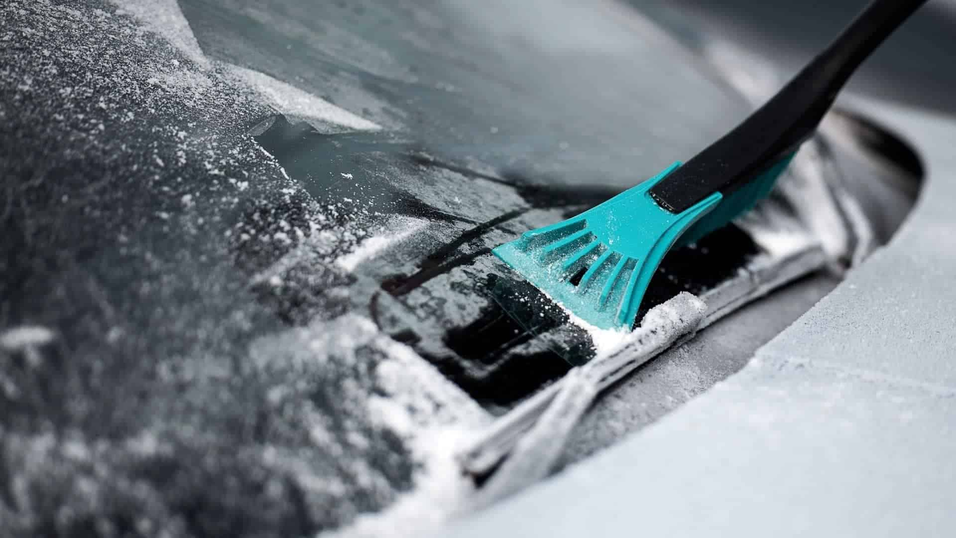 How To Remove Paint From Windshield