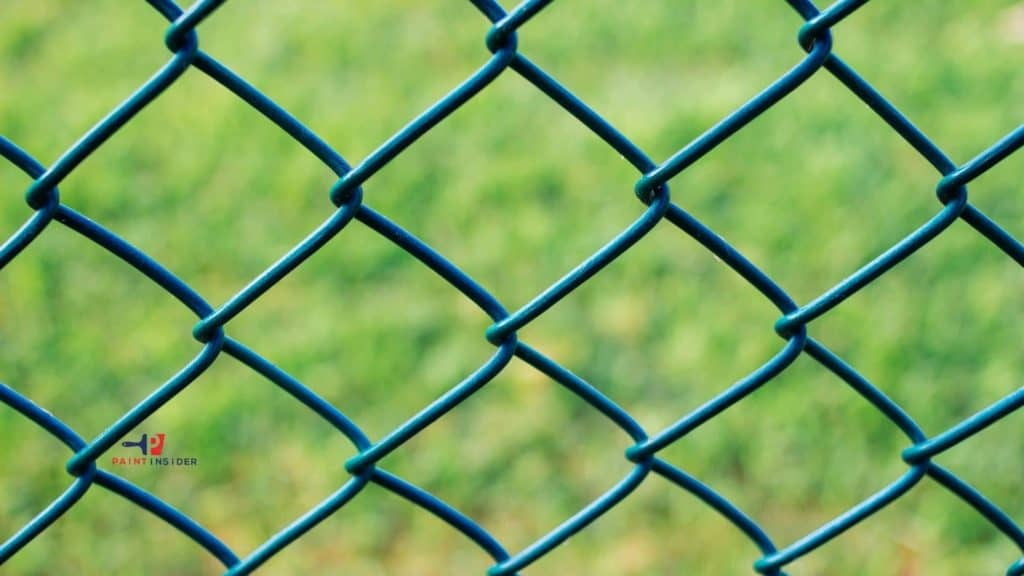 How To Paint A Chain Link Fence